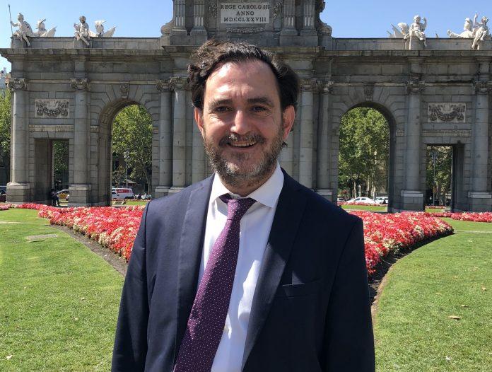 Miguel Linares, fundador del despacho Linares Abogados